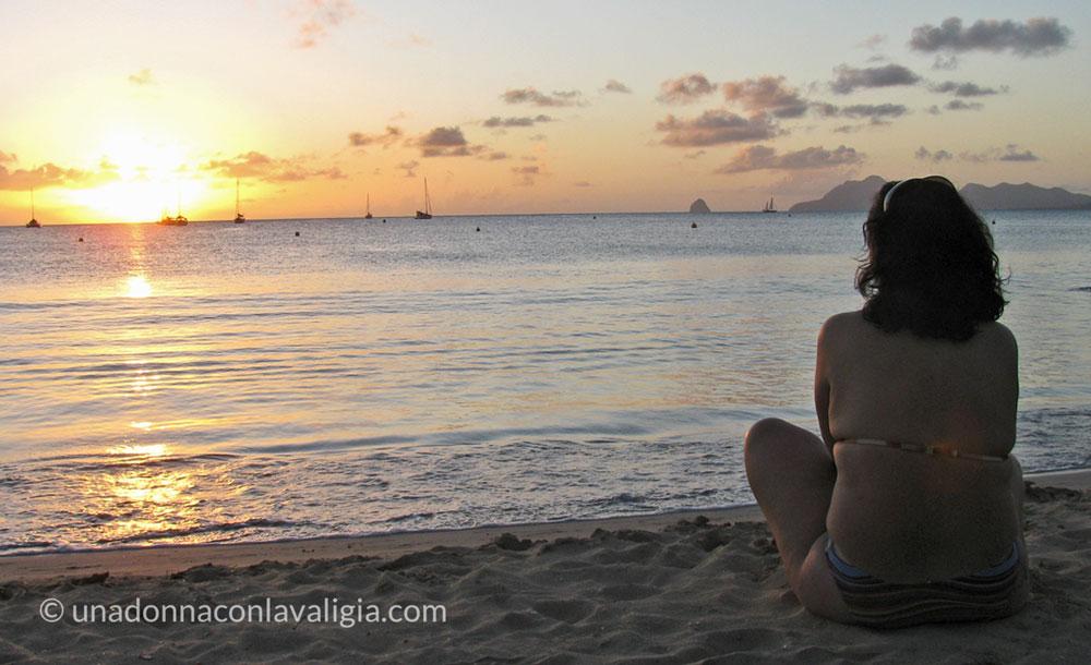 martinica caraibi francesi tramonto sulla spiaggia