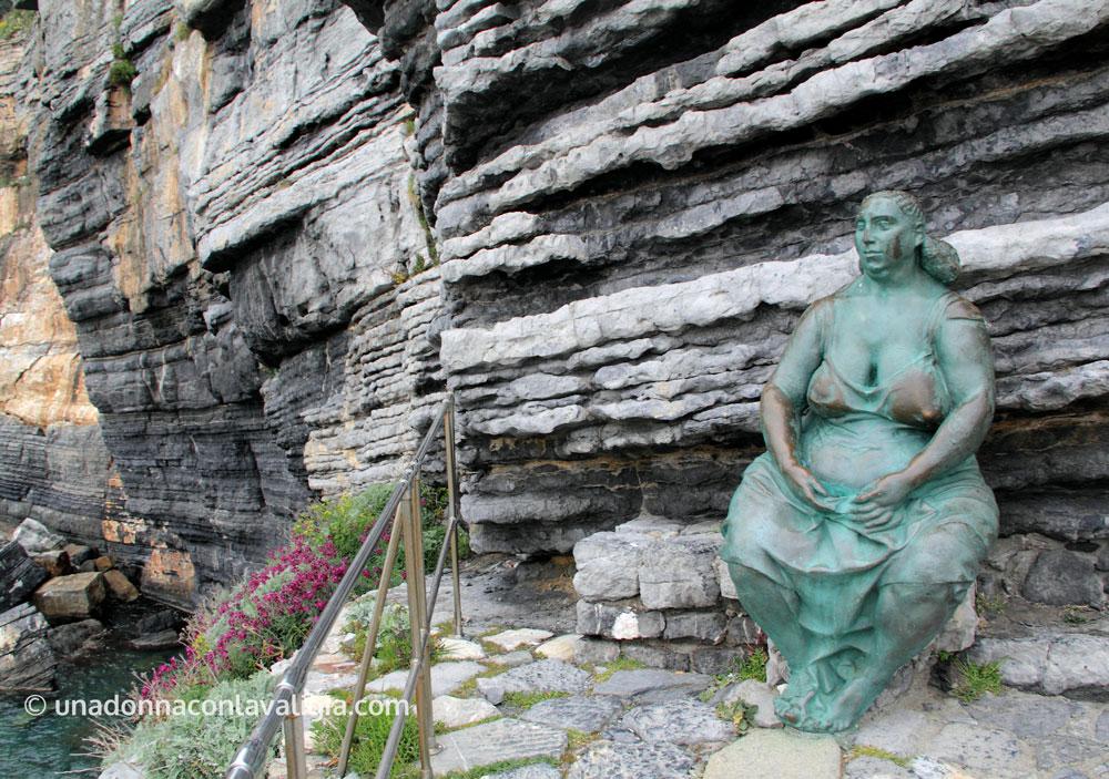 portovenere-madrenatura-statua