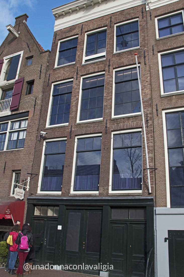 Olanda itinerario di una settimana in primavera una for Casa amsterdam