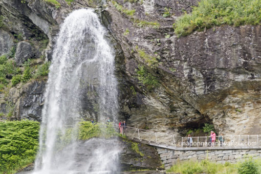 steindalsfossen cascata Norvegia