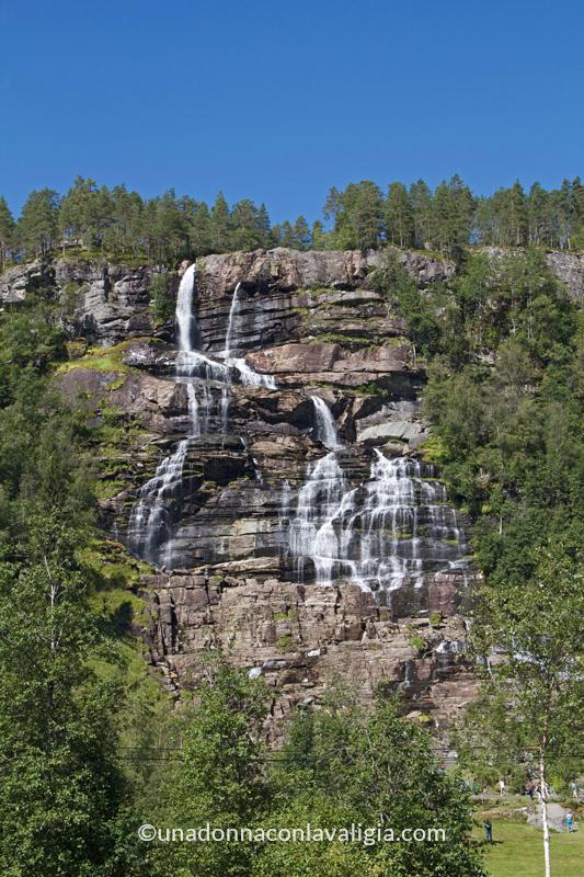 tvindefossen cascata norvegia